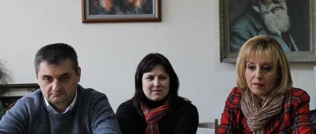 Санирането на сградите не е безплатно, предупреди Мая Манолова в Габрово