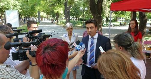 Евродепутатът Момчил Неков открива мобилен офис в област Габрово