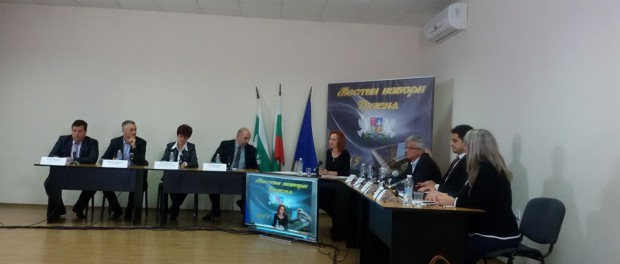 Достойно представяне за Таня Рачева в първия телевизионен дебат