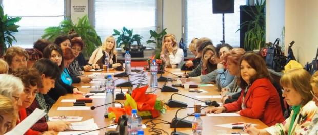 Безплатно обучение в ясла и детска градина за всички български деца искат жените в БСП