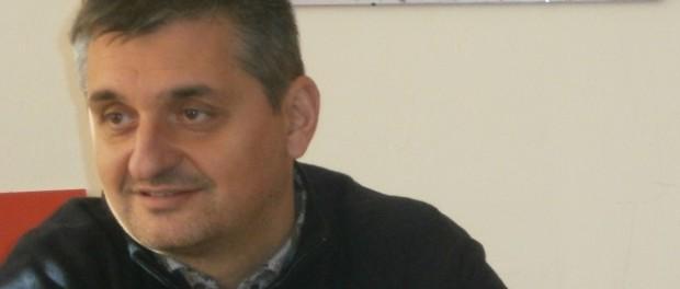 Програмата на БСП за първи път е насочена към активните българи