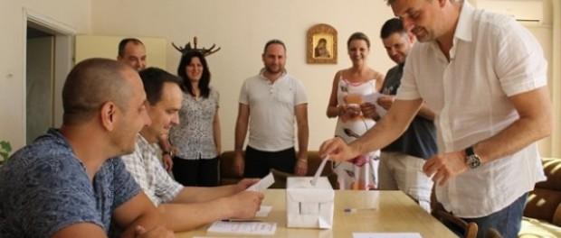 """Кирил Добрев: """"Основната задача е да подготвим """"Поколението Милениум"""" да влезе в политиката"""""""