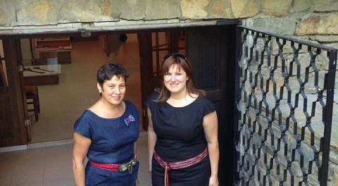 Сидорова посети Международния панаир на традиционните занаяти